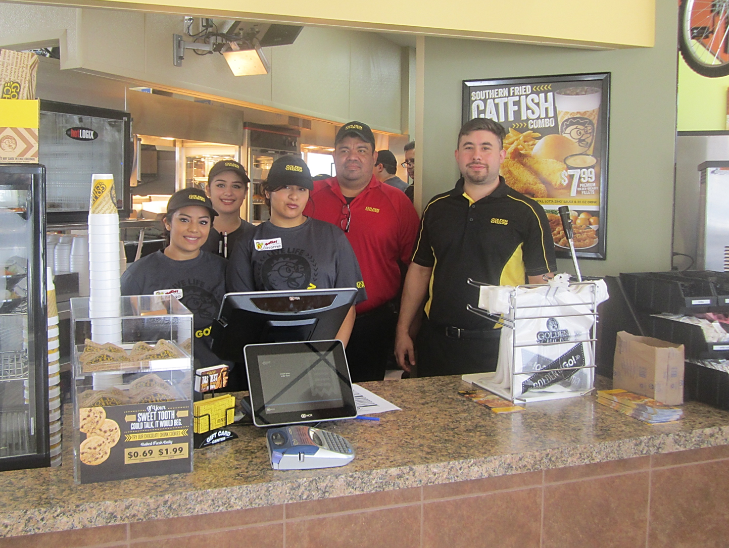 Golden Chick storefront.  Your local Golden Chick fast food restaurant in San Juan, Texas