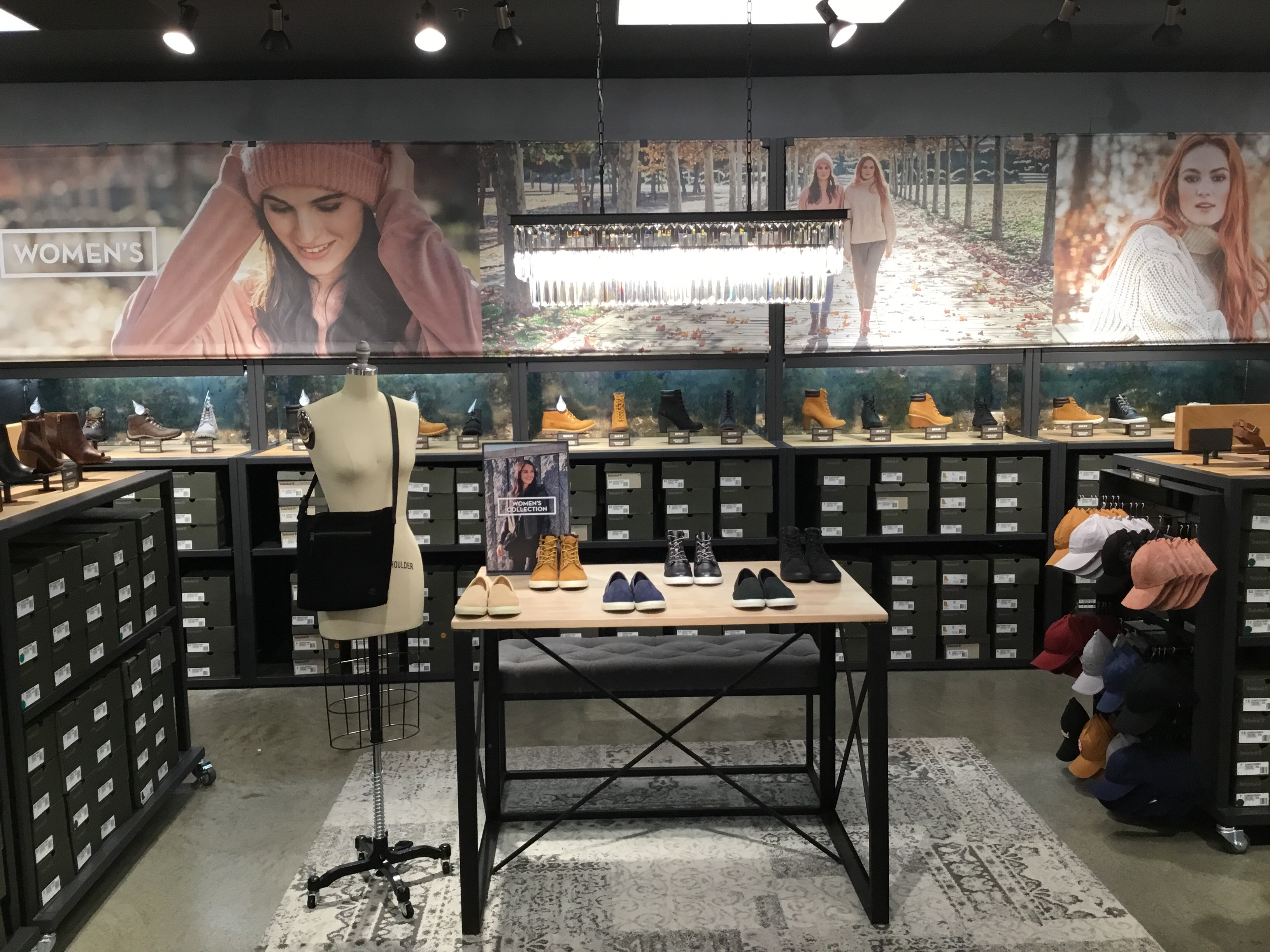 Timberland Store Photo. Previous. Next 6eb289955593