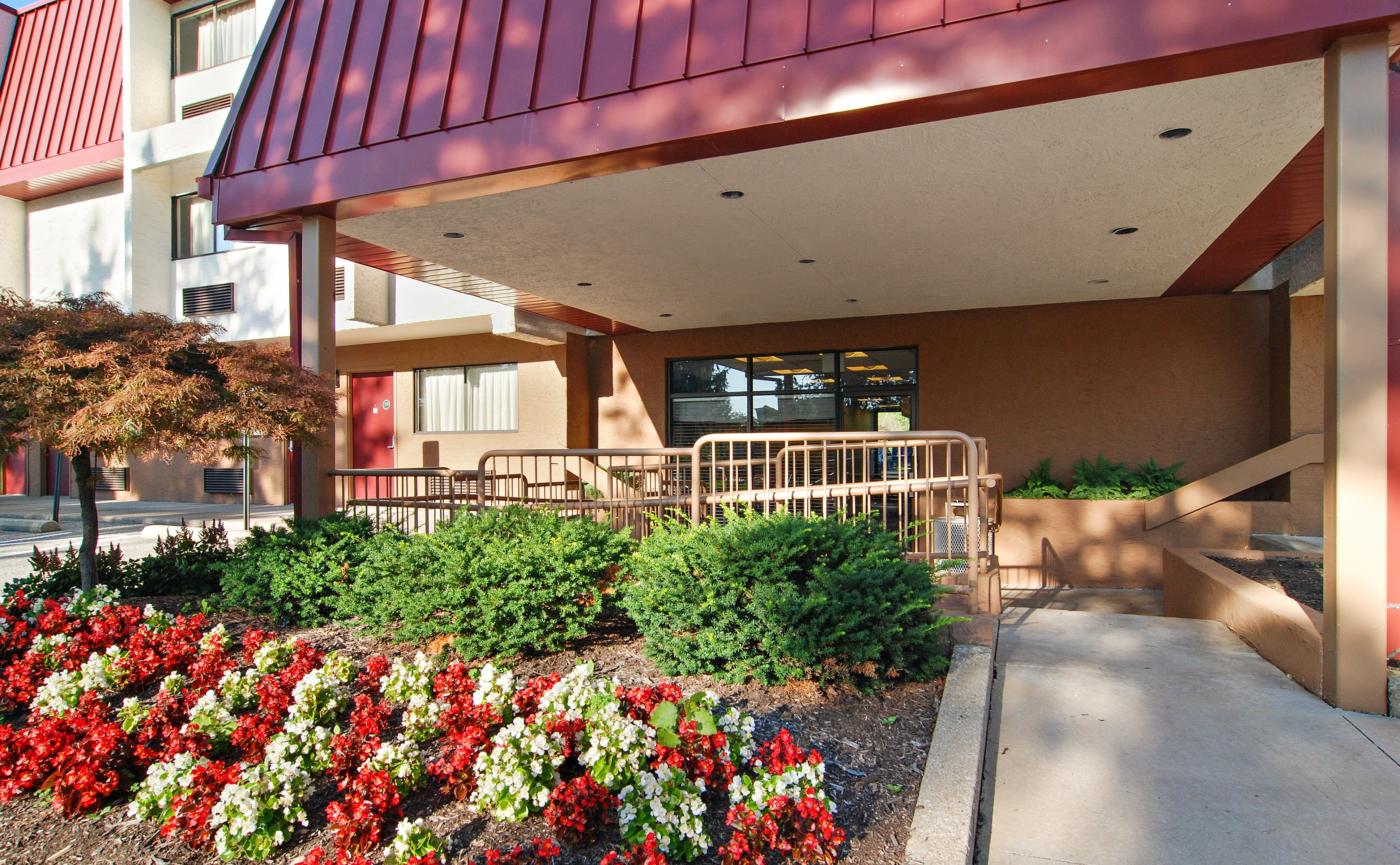Image 2 | Red Roof Inn Cleveland - Airport/Middleburg Heights
