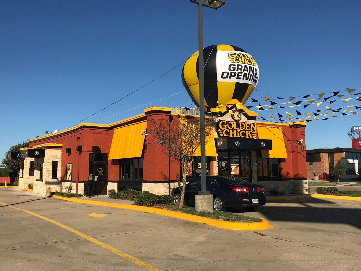Golden Chick storefront.  Your local Golden Chick fast food restaurant in Terrell, Texas