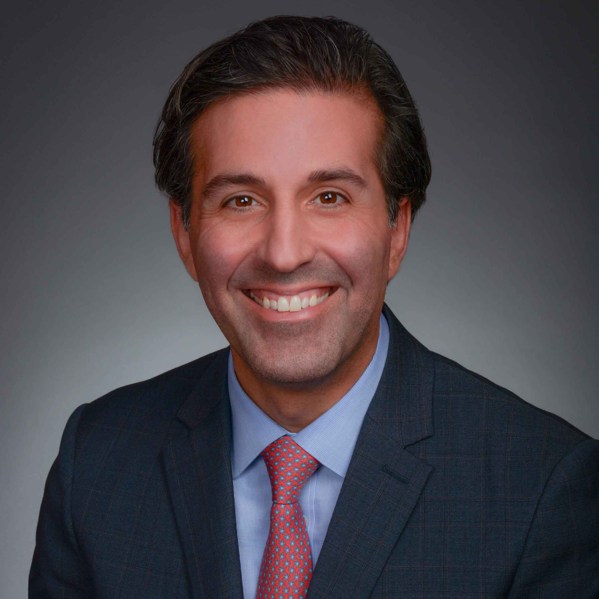 Kamiar Vossoughi, CFA, CFP portrait image. Your local Wealth Advisor in Hinsdale, IL.