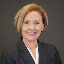 Lynn Hedrick portrait image. Your local financial advisor in Roseville,